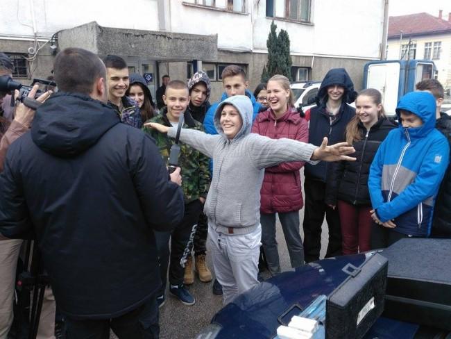 Učenici se upoznali sa opremom i načinom rada Policijske uprave Foča