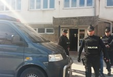 """Nastavak akcije """"Dojava"""": Uhapšena četiri Fočaka zbog prevare i iznude"""
