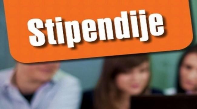 Opštinska stipendija odobrena za 142 studenta
