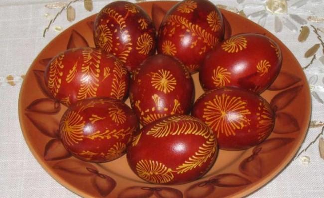 Danas se farbaju vaskršnja jaja