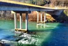 Samoubistvo u Foči: Skočio sa mosta na kamenu obalu