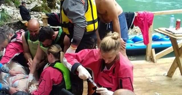 Povrijeđena Beograđanka stabilno- spasili je fočanski skiperi