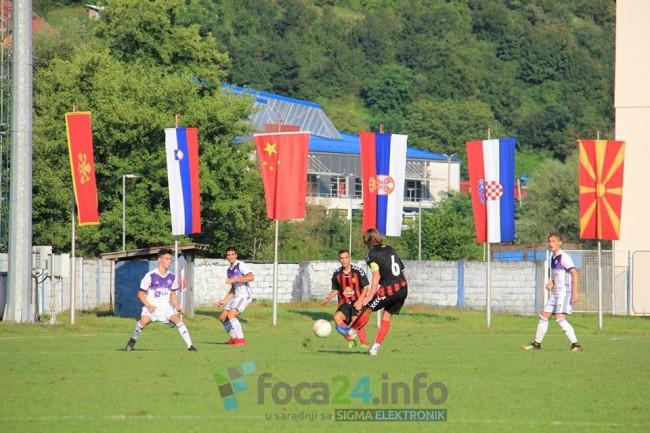 Rusi i Mađari prvi put na Fudbal frendsu u Foči
