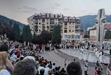 """Folkloraši iz Šapca, Skoplja, Bečeja i Foče  zaigrali """"Kolo prijateljstva"""""""